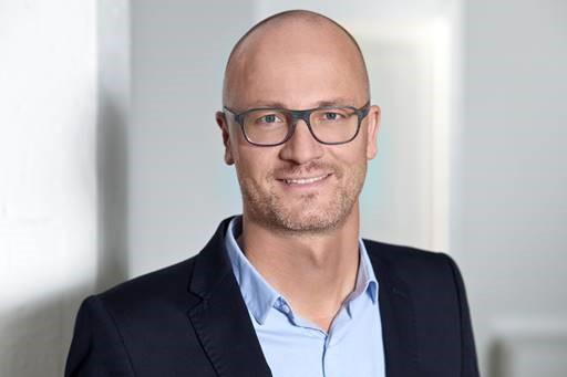 Dr. Lars Peters